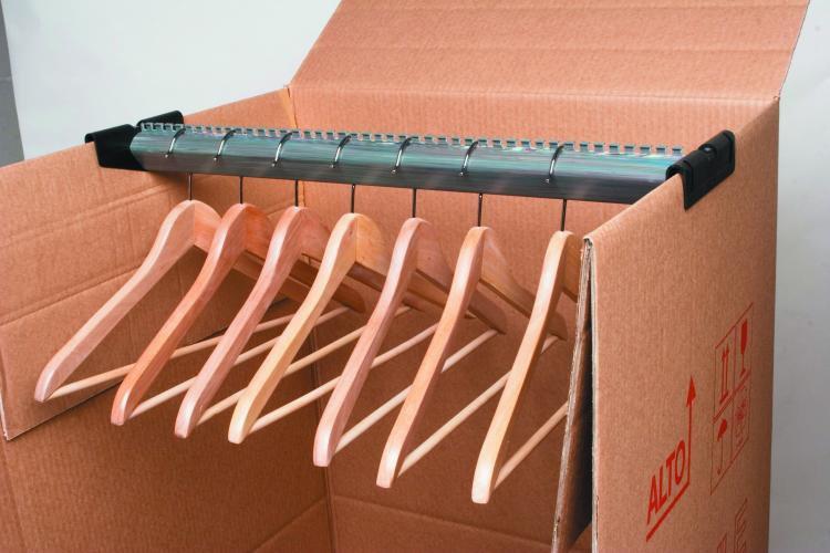 scatola porta abiti per trasloco